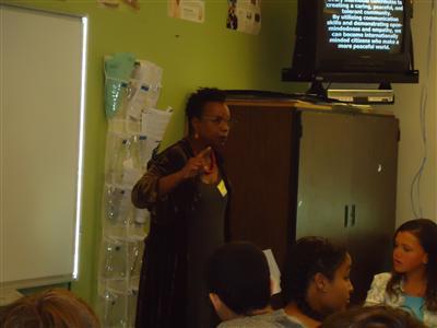 Teacher Presenting2